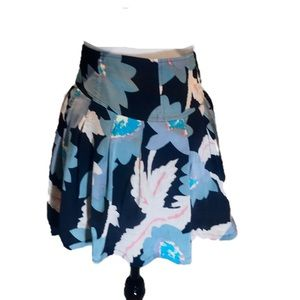 """FREE PEOPLE"" Short Floral Skirt."